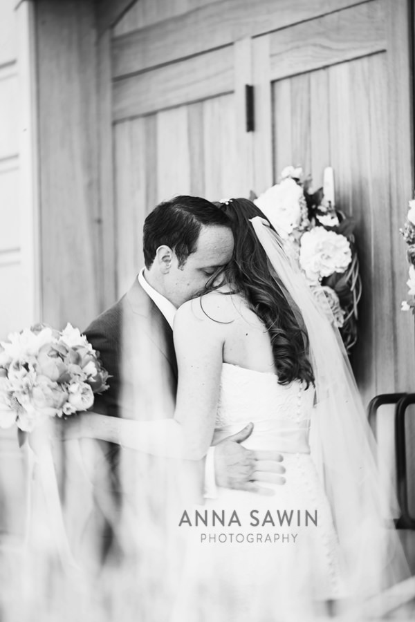AnnaSawinPhotography_Stonington_SaltWaterFarmVineyardWedding_0011
