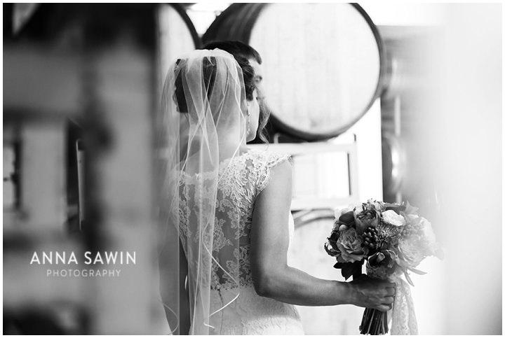 018JonathanEdwardsWinery_Wedding_AnnaSawinPhoto_StoningtonCT_TentWedding