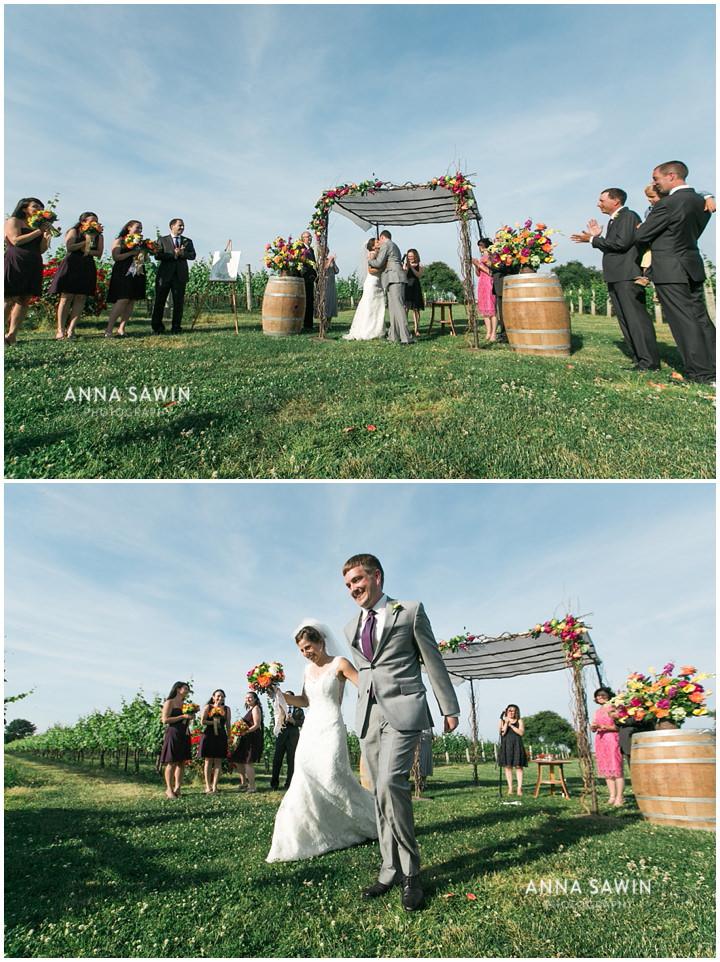 024JonathanEdwardsWinery_Wedding_AnnaSawinPhoto_StoningtonCT_TentWedding