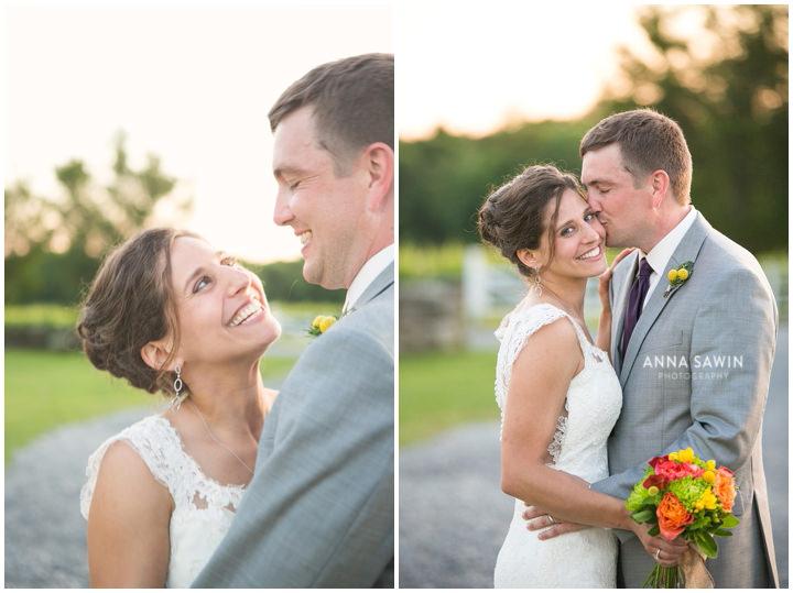035JonathanEdwardsWinery_Wedding_AnnaSawinPhoto_StoningtonCT_TentWedding