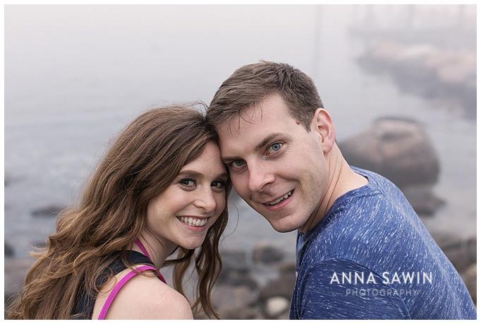 AnnaSawinPhoto_StoningtonPoint_Beach_EngagementSession_CTWeddingPhotography009