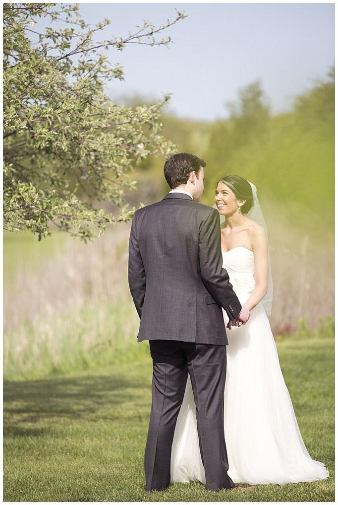 AnnaSawinPhotography_SaltwaterFarmVineyard_Wedding_StoningtonCT027