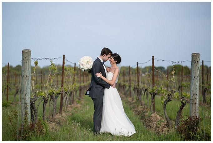 AnnaSawinPhotography_SaltwaterFarmVineyard_Wedding_StoningtonCT034