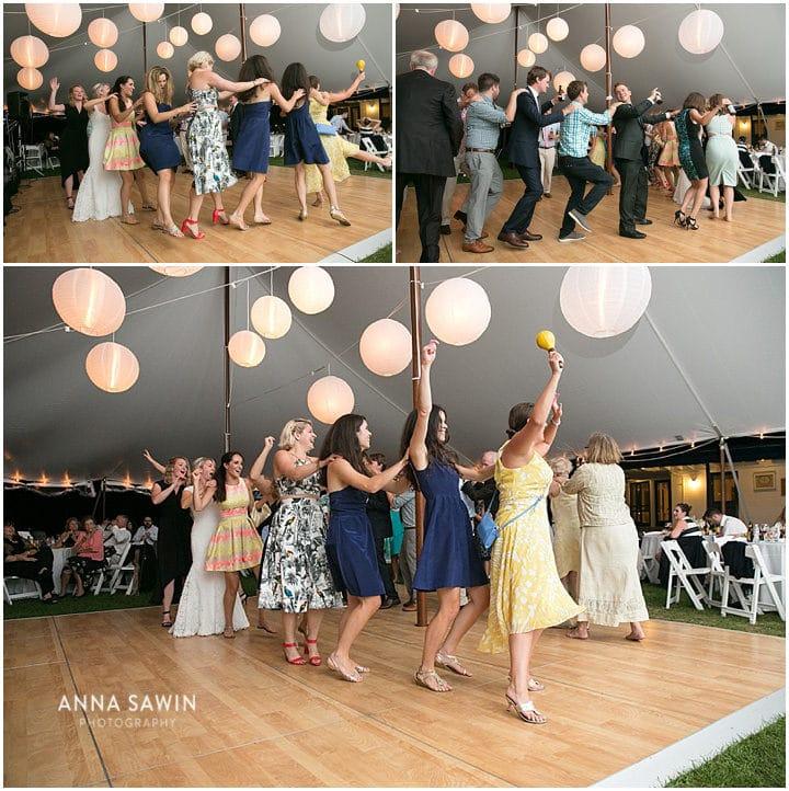 Stonington_Beach_Wedding_WadawanuckClub_AnnaSawinPhotography_StoningtonCT_NavyBlueBridesmaids_ConnecticutShoreline_025