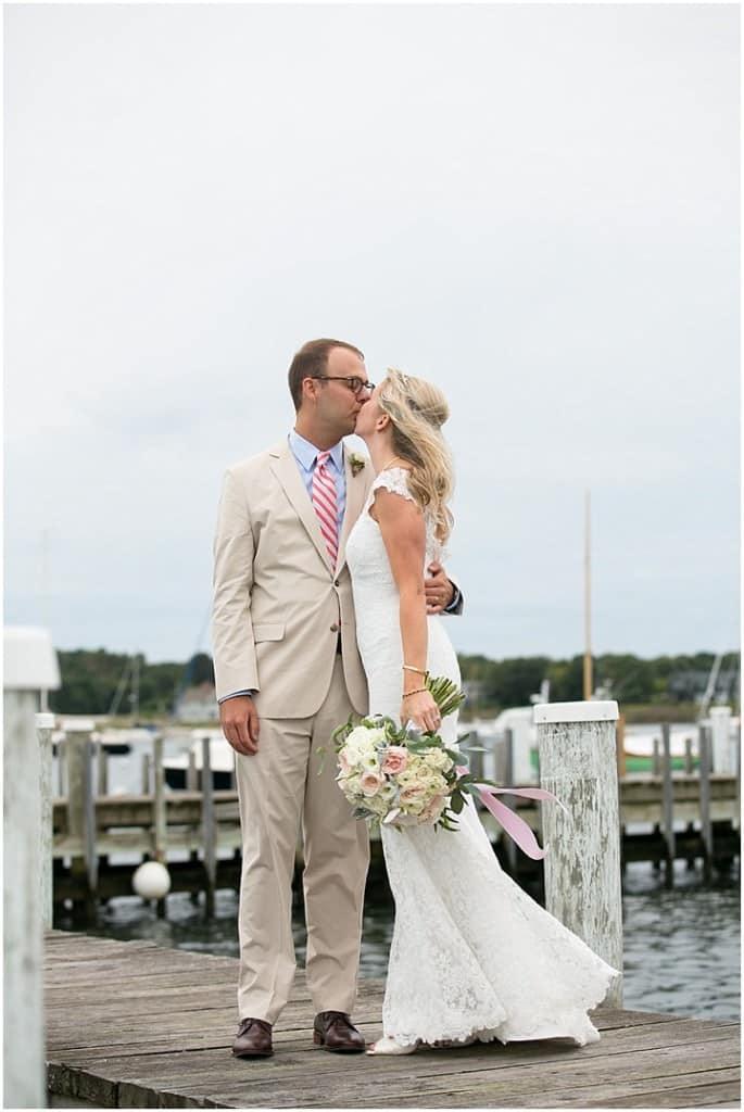 Stonington_Beach_Wedding_WadawanuckClub_AnnaSawinPhotography_StoningtonCT_NavyBlueBridesmaids_ConnecticutShoreline_034