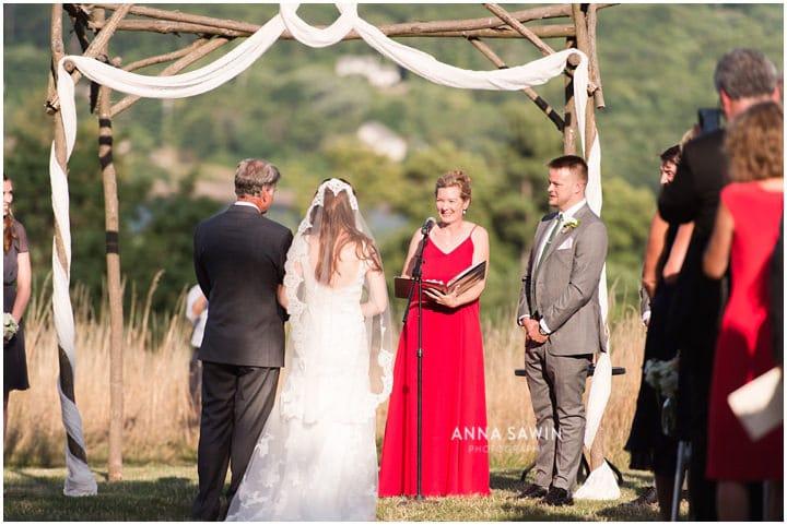 redmaplevineyard_wedding_hudsonrivervalley_wedding_annasawinphoto_july_098