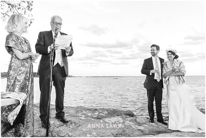 yale_branford_october_wedding_waterfront_beachwedding_annasawin_032