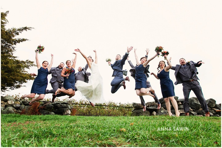 jonathanedwardswinery_wedding_october_annasawinphotography_vineyard_ct_017